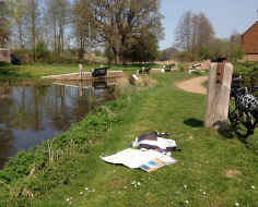 Maps out at Walsham Lock, Wey Navigation: Arc 8a