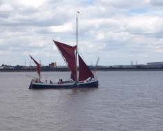 Thames Barge on Erith Reach: Arc 3