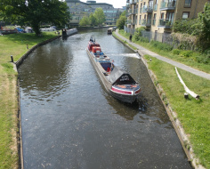 Grand Union canal freight barge, Uxbridge: Spoke 8-10 link